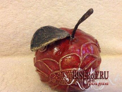 Яблочко из папье-маше